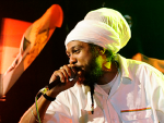 Reggae Articles: Yaniss Odua in Paris