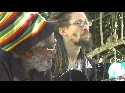 Max Romeo Chase The Devil (Jamaican Raw Sessions acoustic)