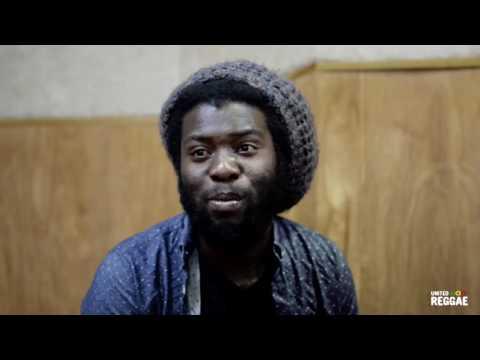Iba Mahr Travelling (Acoustic in Kingston)