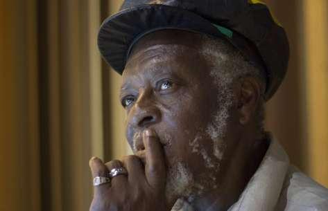 Reggae news: Iyahcoustic by Ronnie Davis