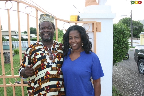 Bongo Herman and Gregory's wife, June Isaacs at their front gate © Steve James