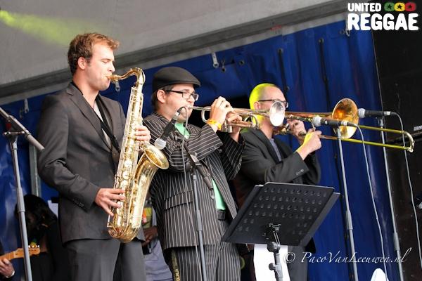 Ken Boothe backing band © Paco van Leeuwen
