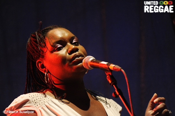 Latoya / Toots' backup singer © Franck Blanquin