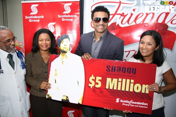 BNS donates J$5M to the foundation © Steve James