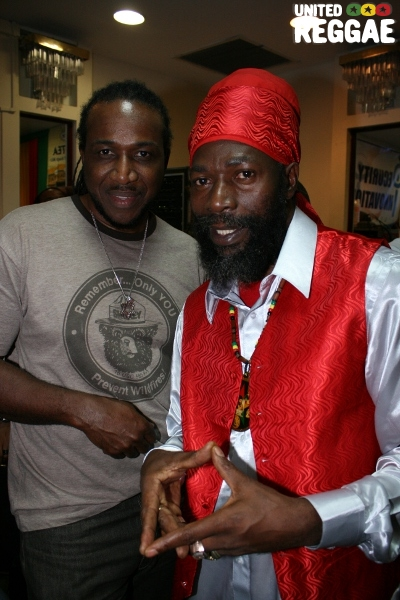 Anthony Malvo and Capleton © Steve James
