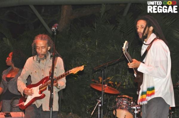 Jimmy Malcolm (piano) and Bagga Trak (guitar) © Gail Zucker