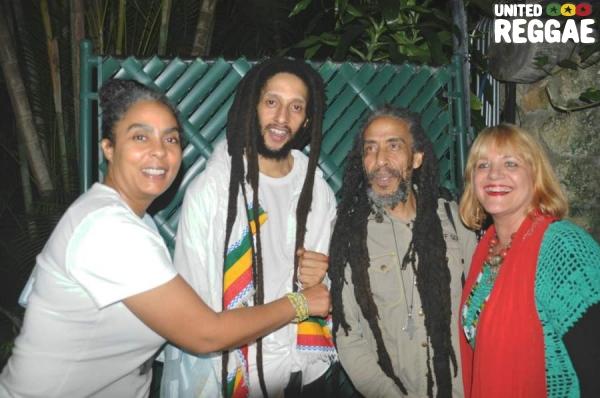 Julian and Bagga with fans © Gail Zucker
