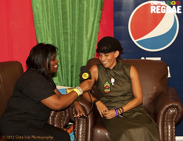 Nelly Stharre Backstage © Sista Irie