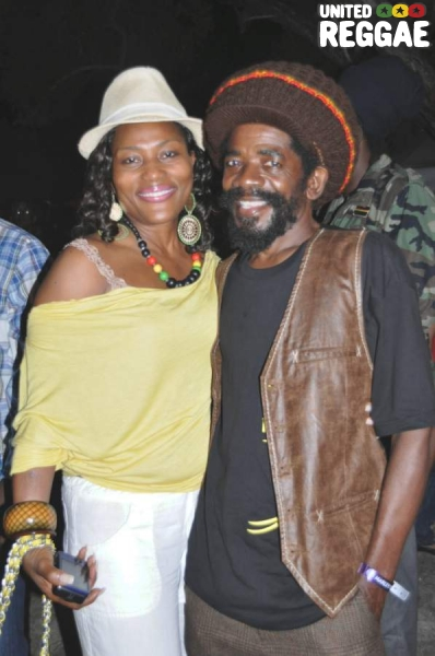 Jeanne Russell and Cocoa Tea © Gail Zucker