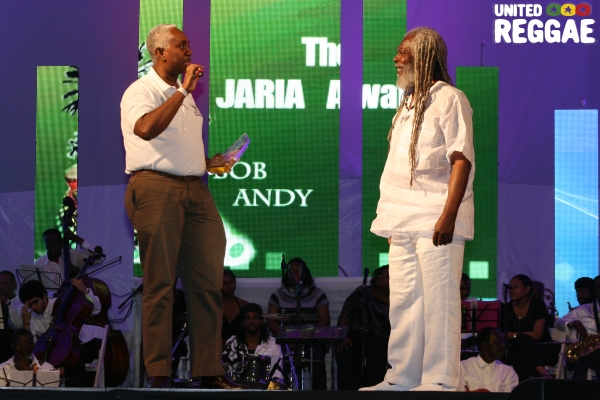 Vernon Davidson, Jamaica Observer present Bob Andy with the  Songwriters award © Steve James
