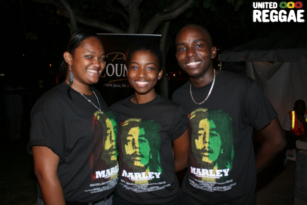 Bob Marley Foundation Volunteers © Steve James