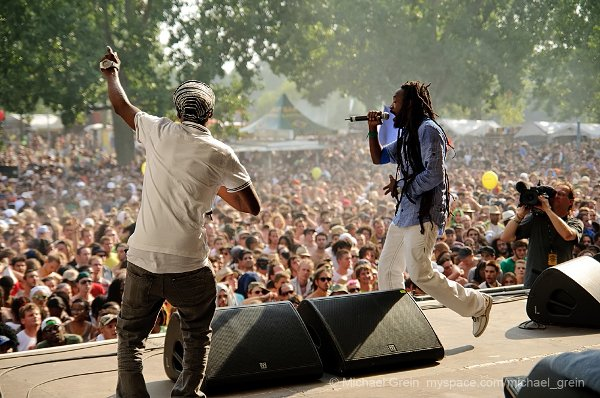 Izula and Lutan Fyah © Michael Grein
