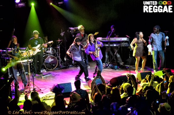 Tarrus Riley and the BLAK SOIL band © Lee Abel