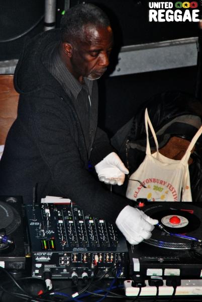DJ Gladdy Wax © Phunked-up Photography