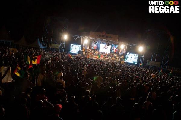 Crowd © Fai Tanu