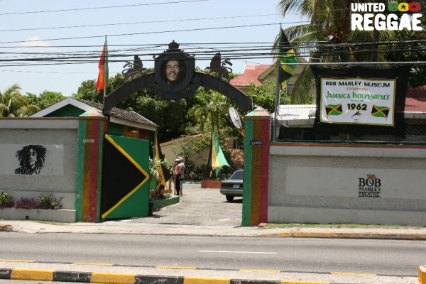Entrance to the Bob Marley Museum © Steve James