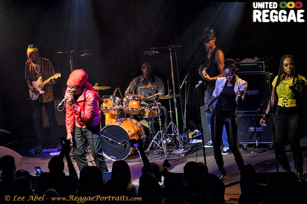 Richie Spice and band © Lee Abel