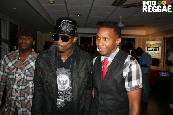 Busy Signal and Shane Brown enter the conference room © Steve James