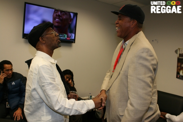 Beres Hammond greets producer, Jack Scorpio backstage © Steve James