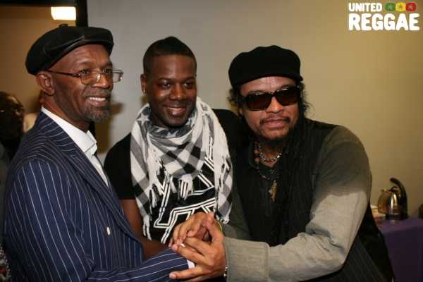 Beres Hammond, friend and Maxi Priest © Steve James
