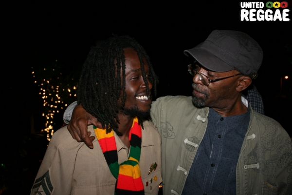 Beres Hammond chats with Jesse Royal © Steve James