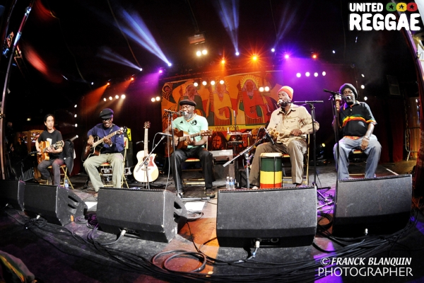 Clinton Fearon and friends © Franck Blanquin