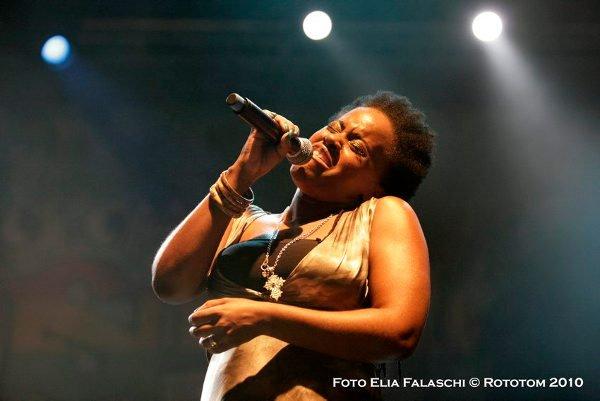 Etana © Elia Falaschi / Rototom 2010
