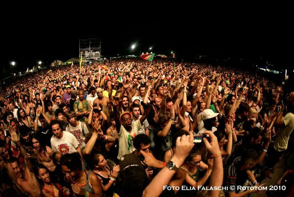 The crowd © Elia Falaschi / Rototom 2010