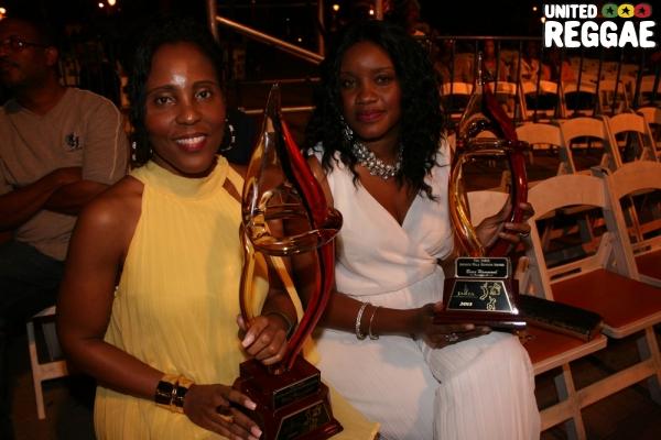 Hammond Family with Awards © Steve James