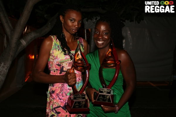 Kenya and Jahuda, daughters of Tony Rebel © Steve James