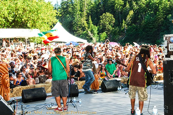 Rootz Underground at Reggae on the River © Lee Abel