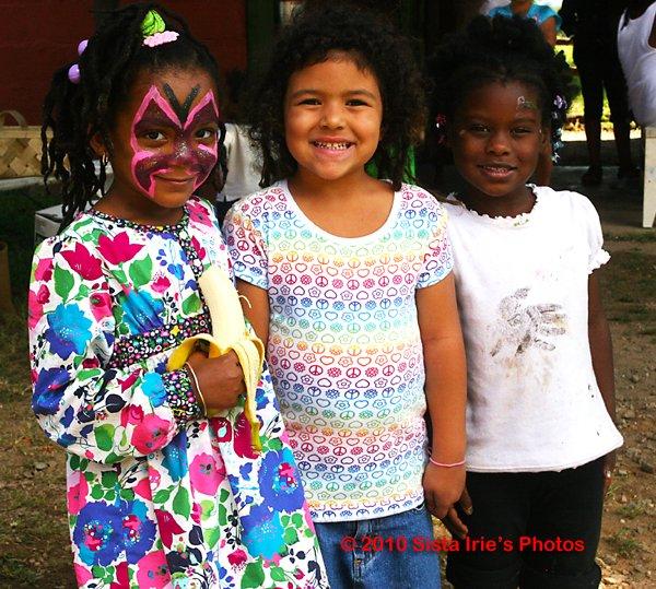 Little girls © Sista Irie