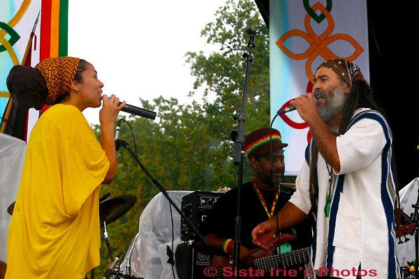 Jamanna and Ras Daniel © Sista Irie