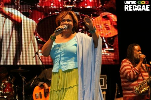 Singer and JARIA executive, Mary Isaacs © Steve James
