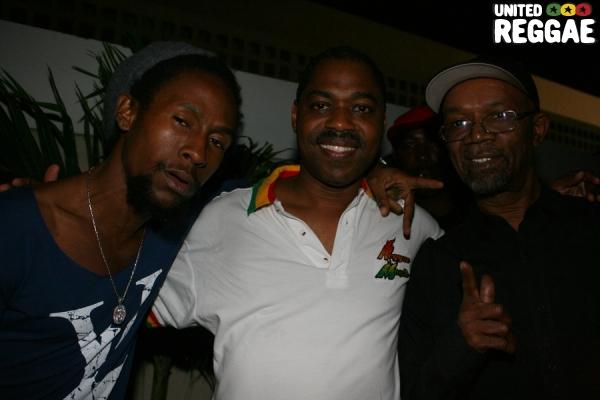 Jah Cure, Steve James and Beres Hammond © Steve James