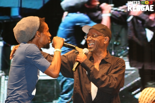 Jah Cure and Beres Hammond take the stage © Steve James