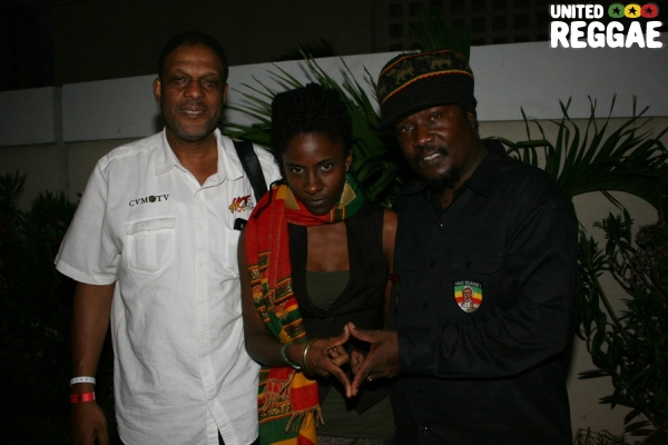 Radio personality Ken Williams, Jah9 and Mikey General © Steve James