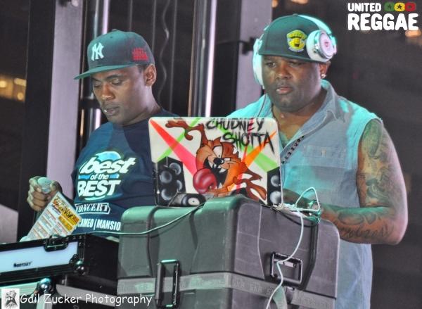 DJ's © Gail Zucker