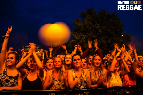 Crowd © Lothar Schmitt