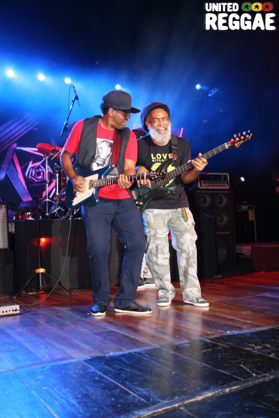 Blak Soil guitarist Mitchum Khan & Glen Brownie © Steve James