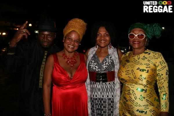 Fan, Bridgette Anderson, Carlene Davis, Marcia Griffiths © Steve James