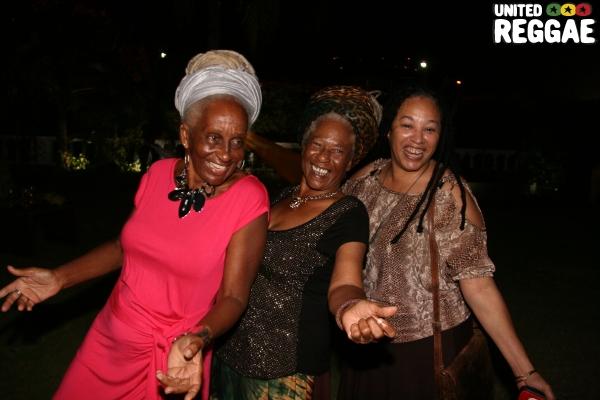 Sister Joy Dixon, Iyata Davis & Andrea Davis © Steve James