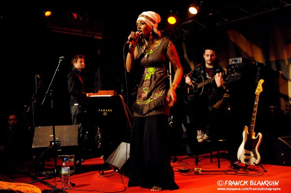 Mo'Kalamity and Acoustic Club Band © Franck Blanquin