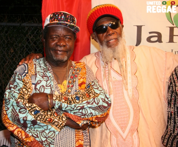 Drummers Bongo Herman & Ras Michael © Steve James