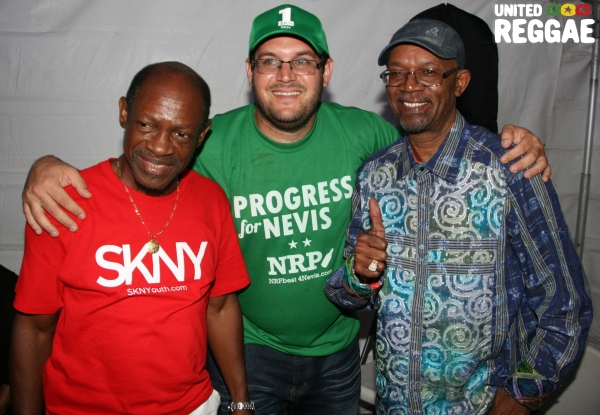 St. Kitts Prime Minister Denzil Douglas, friend & Beres Hammond © Steve James