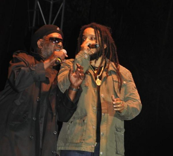 Bunny Rugs and Stephen Marley © Gail Zucker