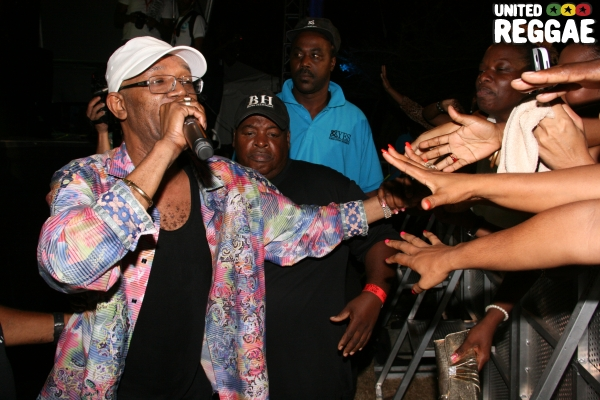 Beres Hammond front stage & Harmony House