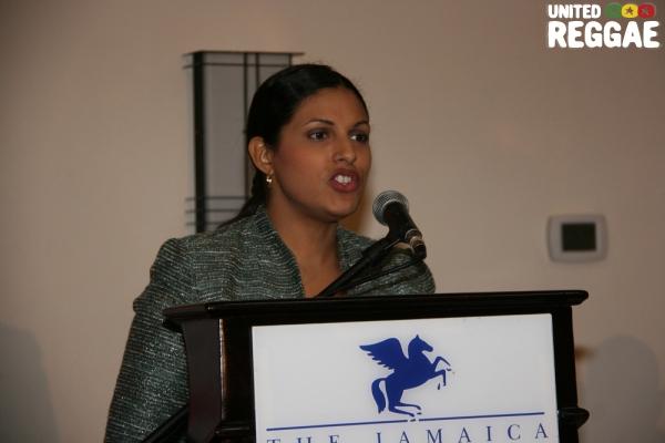 Moderator, Marissa Longsworth (JIPO) © Steve James