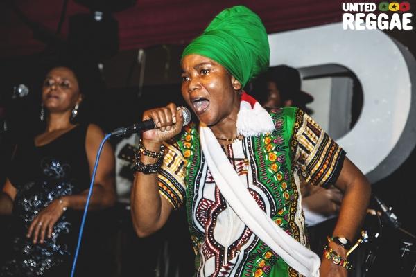 Empress Ayeola © Robbie Golec