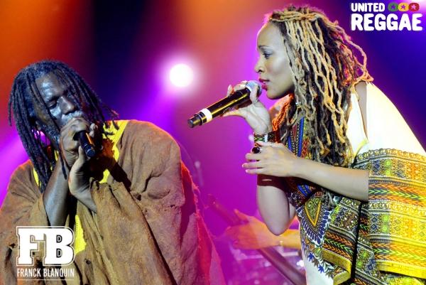 Tiken Jah Fakoly and Wonda Wendy © Franck Blanquin